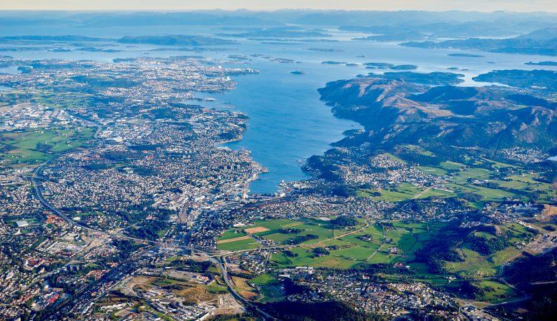 Noorse-fjorden-havensteden-vakantie-bezoeken